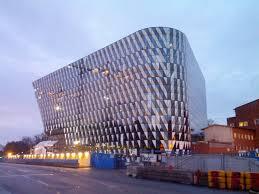 KI först i Sverige med att erbjuda MOOC (Massive Open Online Courses)